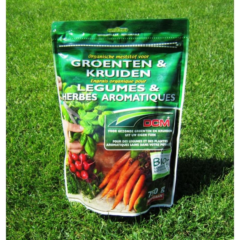 DCM növénytáp zöldség- és fűszernövényekhez (0,75kg)